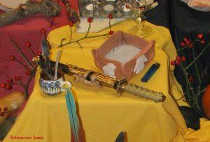 Bedeutung und Anwendung verschiedener magischer, spiritueller Symbole und Gegenstände: Athame