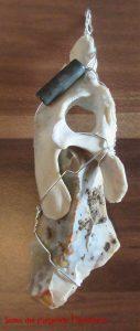 Amulette - Kettenanhänger, Knochen und Stein